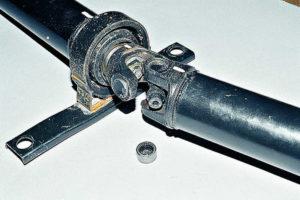 замена крестовины карданного вала в ваз