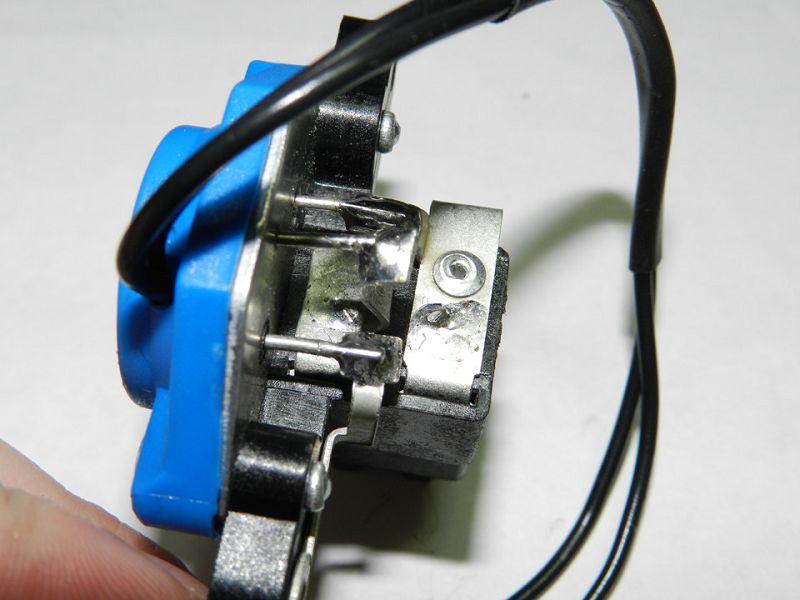 трехуровневый регулятор напряжения ВАЗ 2114