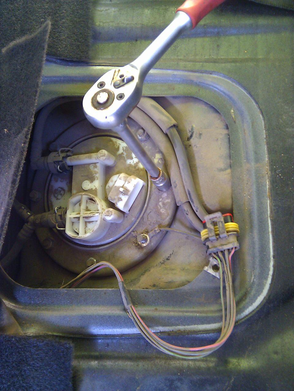 замена бензонасоса ваз 2109 инжектор