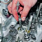 Как поменять маслосъемные колпачки ВАЗ 2106